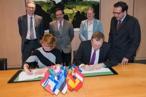 Signature ESA MoU EPB 03022016