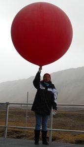 Lancer de ballon par la Ministre de l'Environnement, de l'É